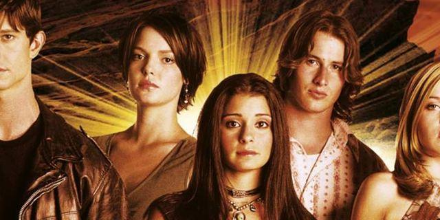 """Mit Immigrationstwist: Reboot der Sci-Fi-Serie """"Roswell"""" angekündigt"""