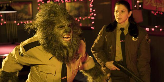 """Dreckiger, haariger, blutiger: Der neue Trailer zur Horror-Komödie """"Another WolfCop"""""""