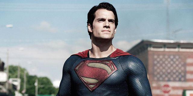 """Um #Moustachegate zu vermeiden: Warner bot Geld, damit sich Henry Cavill für """"Justice League"""" rasieren darf"""