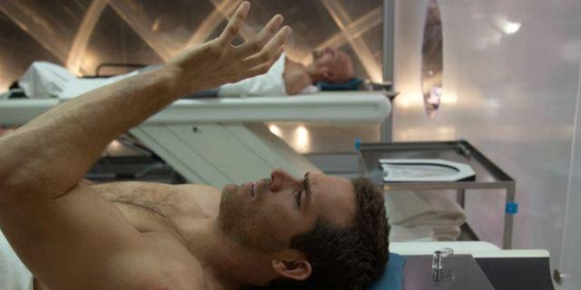 Neu auf Netflix: Ein sehr, sehr düsterer Sci-Fi-Flop mit Ryan Reynolds