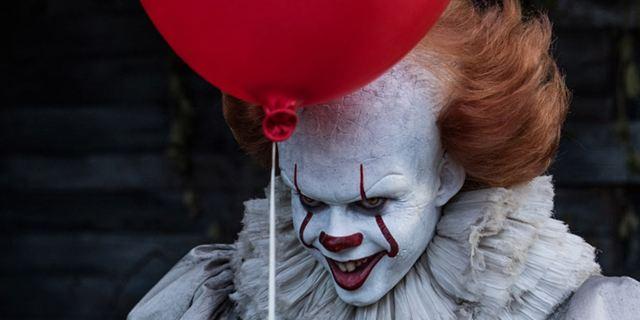 """""""Stephen Kings Es 2"""": Jessica Chastain feiert Drehende mit blutigem Foto"""