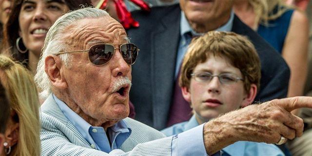 Berührend: So gedenken die Avengers Stan Lee