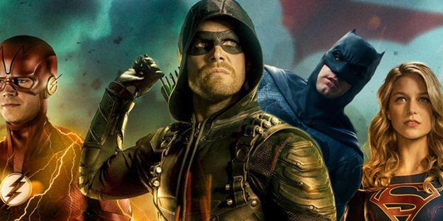 """Crossover von """"Arrow"""", """"The Flash"""" und """"Supergirl"""": Diese Batman-Easter-Eggs sind in """"Elseworlds"""" versteckt"""