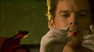 """Dexter"": Neuer, actiongeladener Trailer zur 6. Staffel des Serien-Highlights"