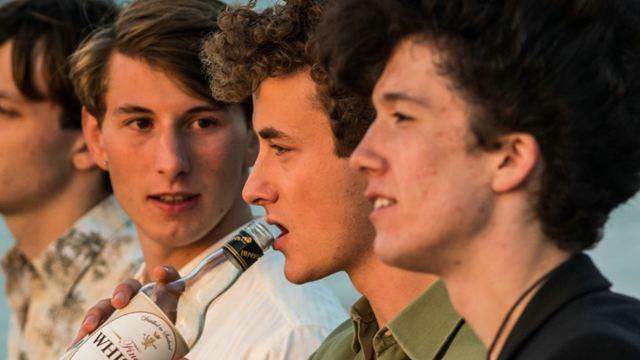 """Pubertät im Ruhrgebiet: Erster exklusiver Trailer zur Komödie """"Radio Heimat"""" mit David Hugo Schmitz"""