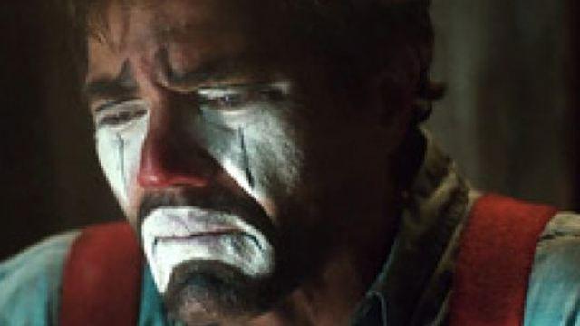 """Trailer zu """"Poor Boy"""": Michael Shannon als trauriger Rodeo-Clown in wildem Redneck-Thriller"""