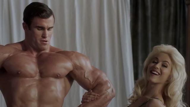 """So wurde Arnold Schwarzenegger entdeckt: Trailer zum Bodybuilding-Biopic """"Bigger"""""""