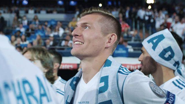 """Ganz """"Kroos"""": Trailer mit privaten Einblicken ins Leben von Fußballstar Toni Kroos"""