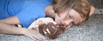"""""""The Walking Dead"""": Darsteller der verstorbenen Figuren auf düsterem Bild wiedervereint"""