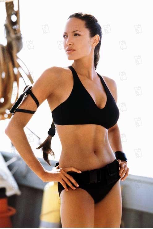 Die Croft-Models: Sexy Laras aus Fleisch und Blut - Bilder