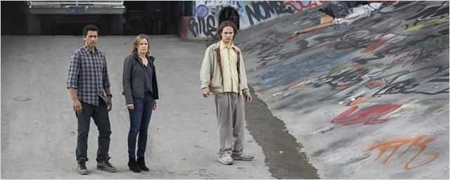 kim dickens verspricht sexy zombies f r walking dead spin off serien news. Black Bedroom Furniture Sets. Home Design Ideas