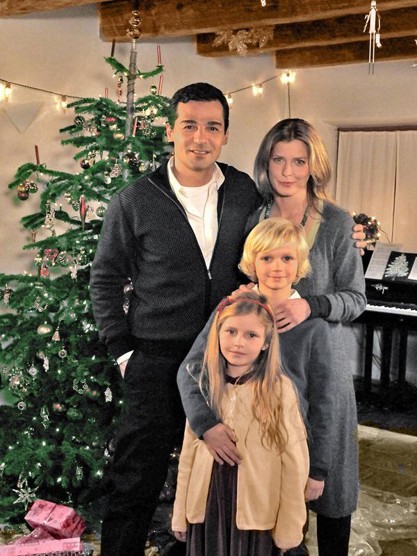 anschauen online das weihnachts ekel tv in deutsch 16 9. Black Bedroom Furniture Sets. Home Design Ideas