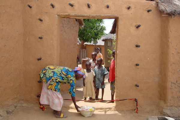 Moolaadé - Bann der Hoffnung : Bild Ousmane Sembene