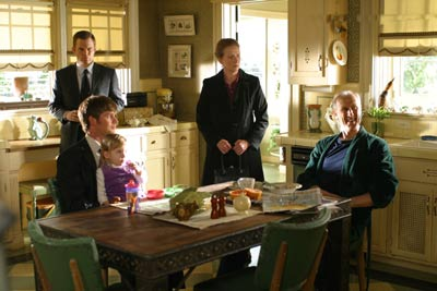 Six Feet Under - Gestorben wird immer : Bild Frances Conroy, James Cromwell, Michael C. Hall, Peter Krause