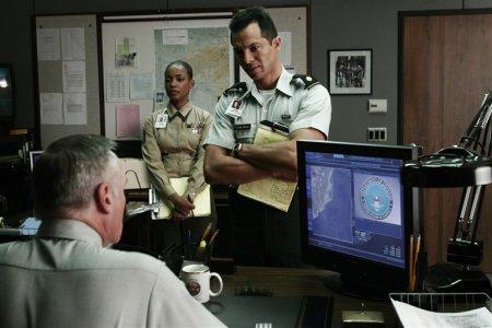 E-Ring - Military Minds : Bild Aunjanue Ellis, Benjamin Bratt, Dennis Hopper