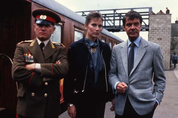 Bild von James Bond 007 - Octopussy - Bild 2 auf 23 ...