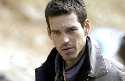 The Cave: Bruce Hunt, Eddie Cibrian