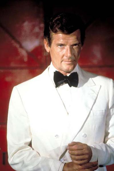 James Bond 007 - Der Mann mit dem goldenen Colt : Bild Roger Moore