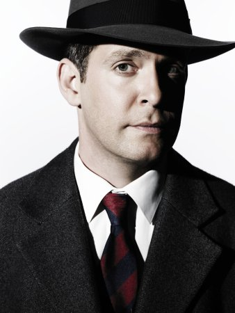 The Company : Bild Tom Hollander