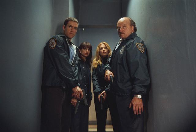 New York Cops - N.Y.P.D. Blue : Bild Charlotte Ross, Dennis Franz, Jacqueline Obradors, Mark-Paul Gosselaar