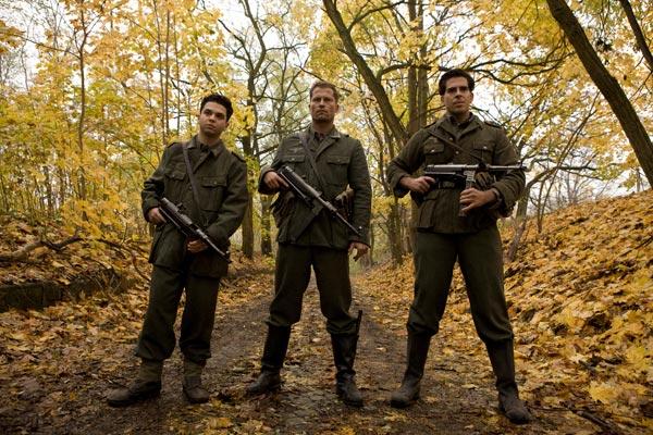 Inglourious Basterds : Bild Eli Roth, Samm Levine, Til Schweiger