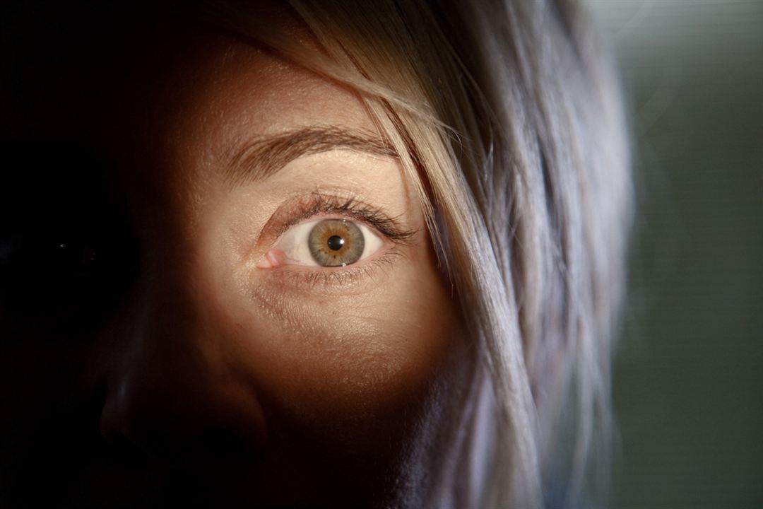 Julia's Eyes : Bild Belén Rueda, Guillem Morales