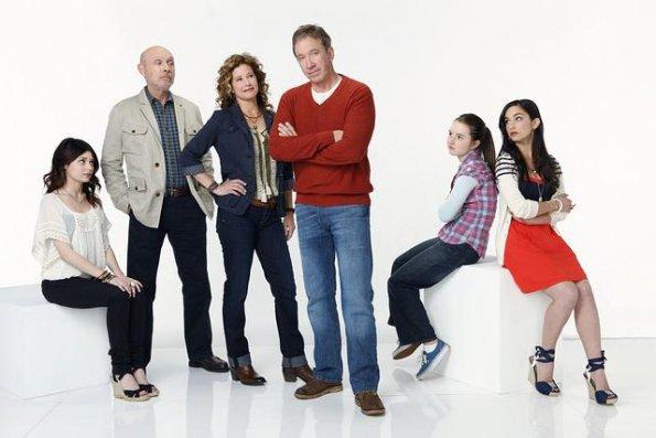 Bild Alexandra Krosney, Hector Elizondo, Kaitlyn Dever, Molly Ephraim, Nancy Travis