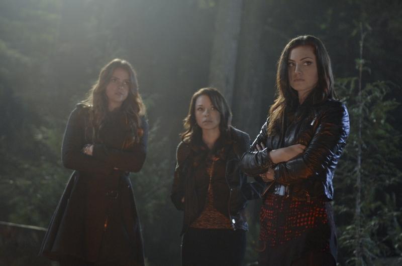 Bild Jessica Parker Kennedy, Phoebe Tonkin, Shelley Hennig