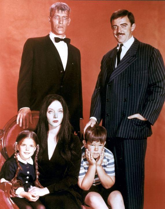 Die Addams Family : Bild Carolyn Jones, John Astin, Ken Weatherwax, Ted Cassidy