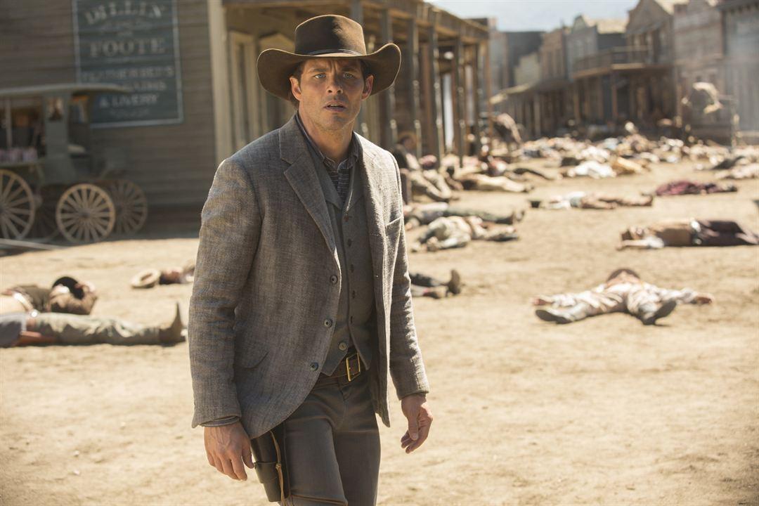 """James Marsden im Finale der 1. """"Westworld""""-Staffel"""