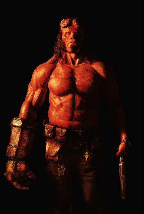 David Harbour als Hellboy