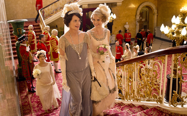 Bild Elizabeth McGovern, Lily James