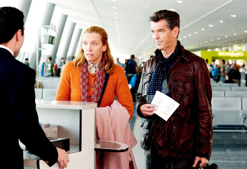 A Long Way Down : Bild Pierce Brosnan, Toni Collette