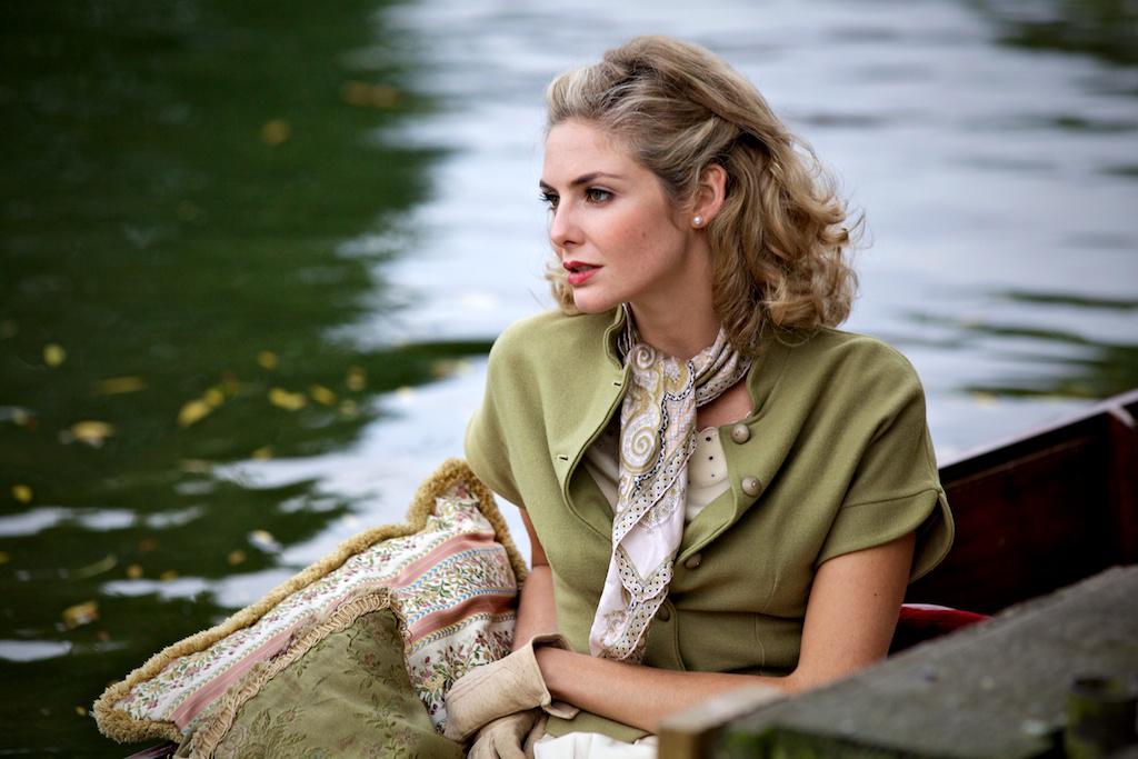 Queen and Country : Bild Tamsin Egerton