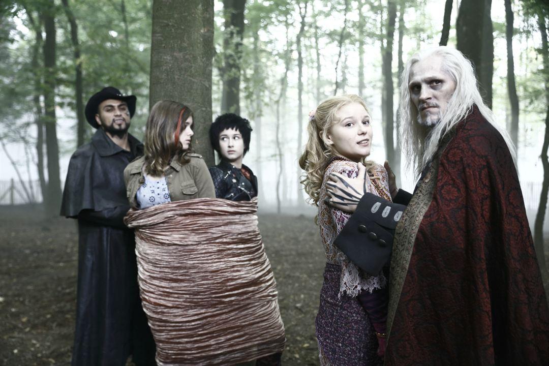 Die Vampirschwestern 2 - Fledermäuse im Bauch : Bild Georg Friedrich, Jamie Bick, Laura Antonia Roge, Marta Martin