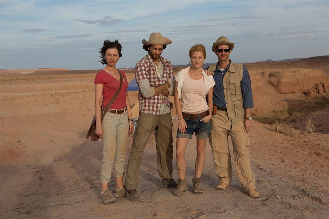 The Pyramid - Grab des Grauens : Bild Amir Kamyab, Ashley Hinshaw, Christa Nicola, Denis O'Hare