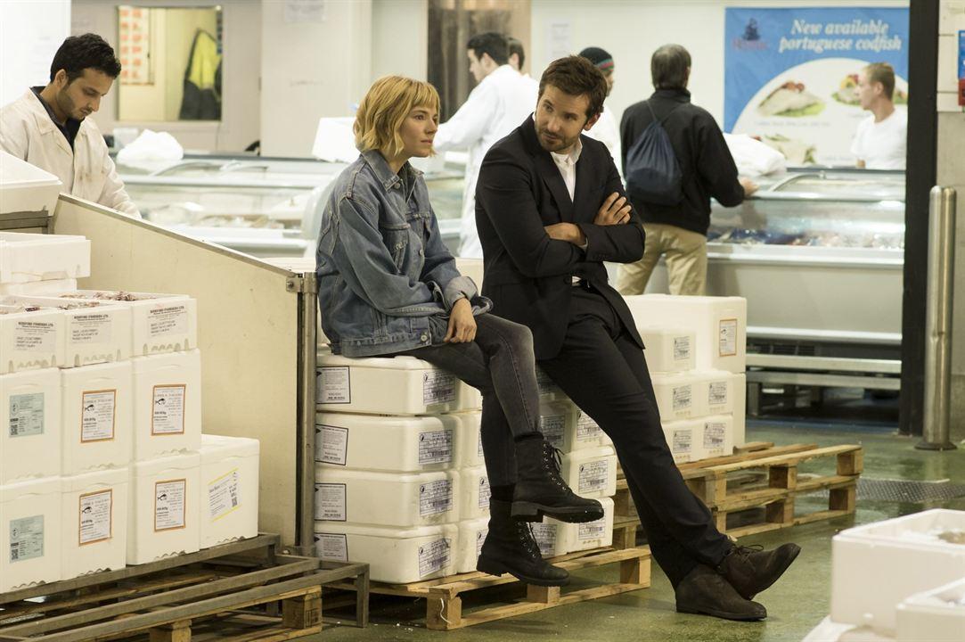 Im Rausch der Sterne: Sienna Miller, Bradley Cooper