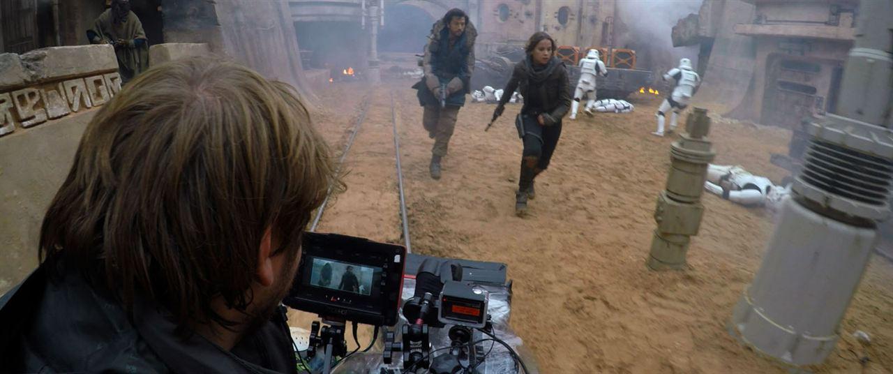 Rogue One: A Star Wars Story : Bild Diego Luna, Felicity Jones, Gareth Edwards (V)
