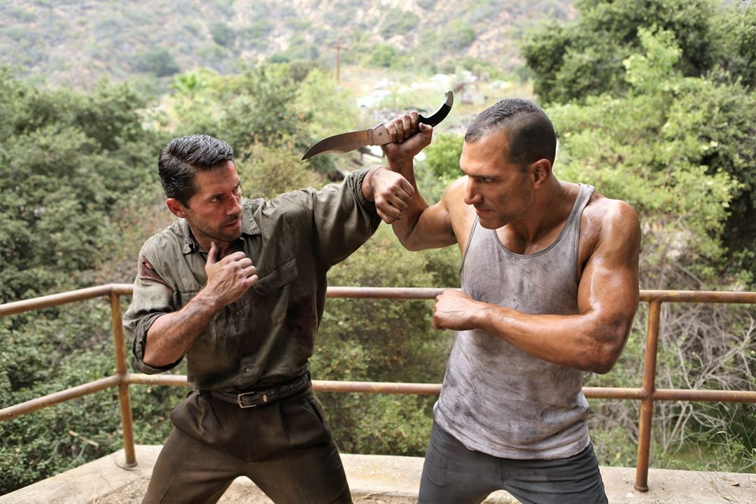 Savage Dog : Bild Marko Zaror, Scott Adkins