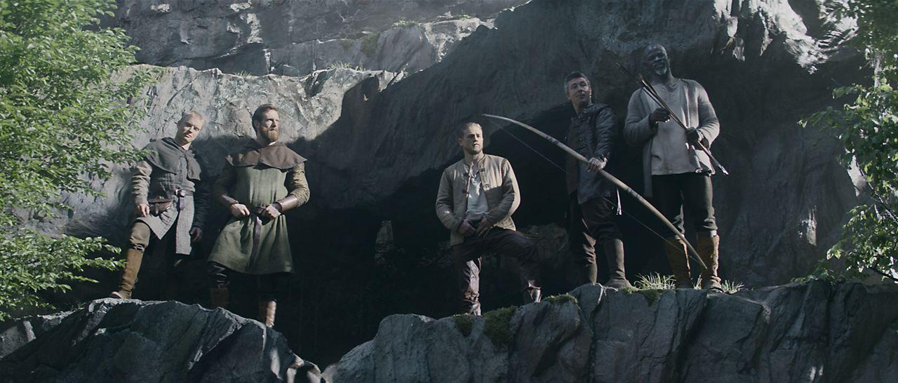 King Arthur: Legend Of The Sword : Bild Aidan Gillen, Charlie Hunnam, Craig McGinlay, Djimon Hounsou, Freddie Fox