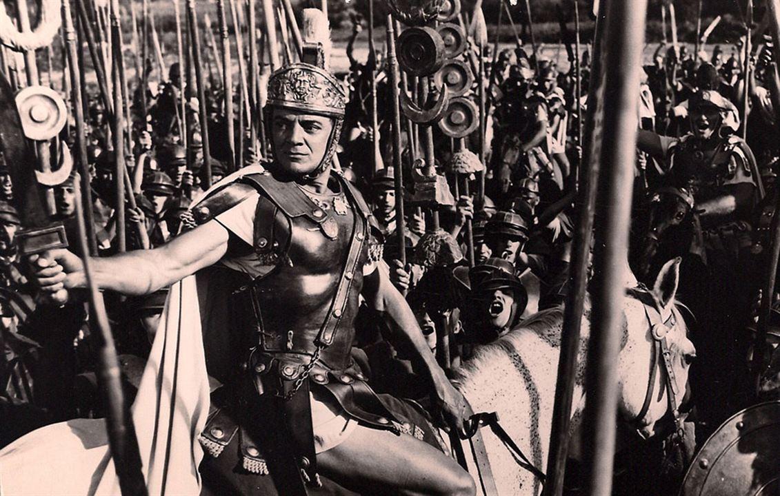 Konstantin der Große : Bild Cornel Wilde