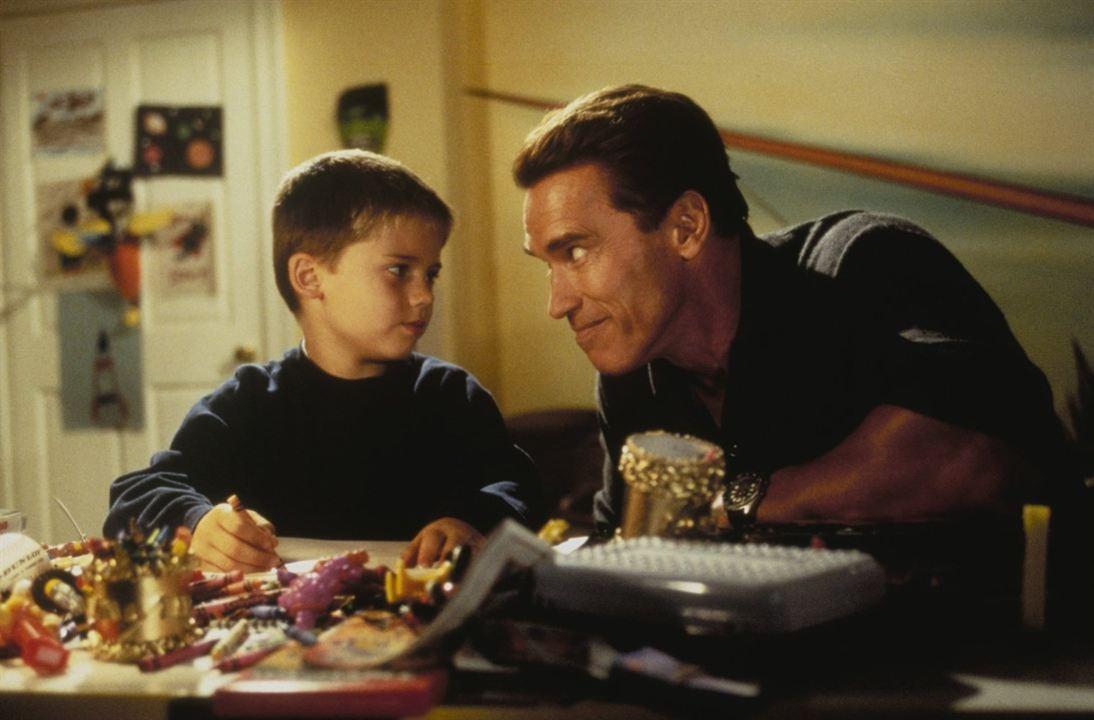 Versprochen ist versprochen : Bild Arnold Schwarzenegger, Jake Lloyd
