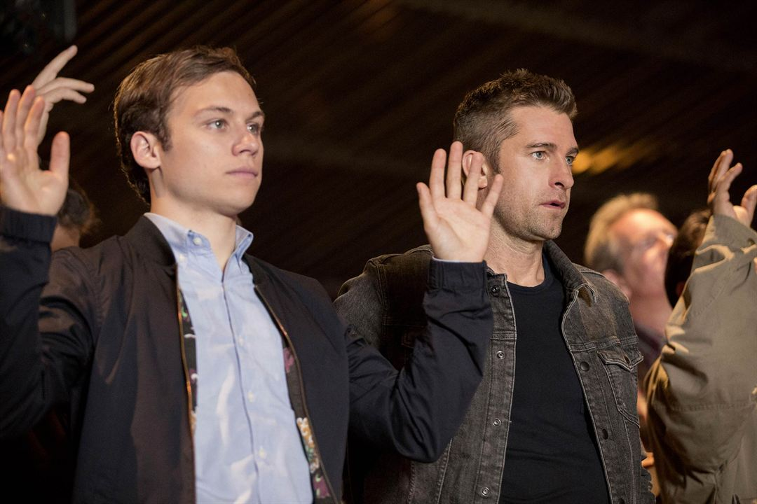 Bild Finn Cole, Scott Speedman