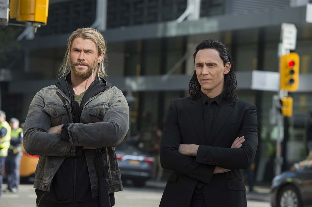 Thor 3: Tag der Entscheidung : Bild Chris Hemsworth, Tom Hiddleston
