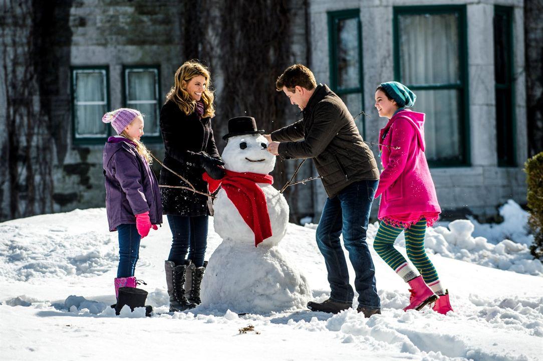 Northpole - Weihnachten steht vor der Tür : Bild Ava Telek, Bailee Madison, Dermot Mulroney, Lori Loughlin
