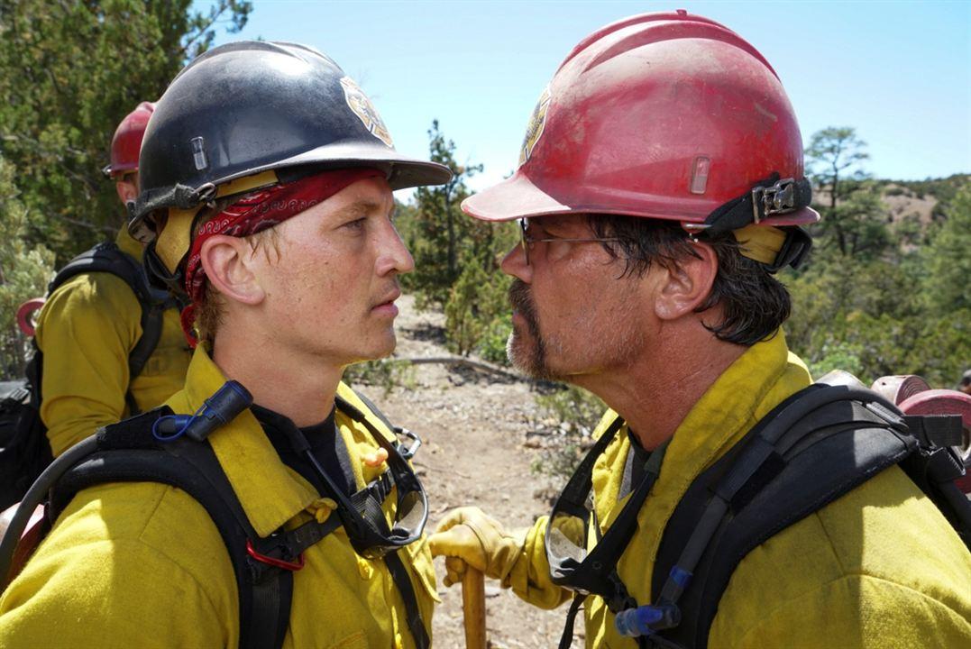 No Way Out - Gegen die Flammen : Bild Josh Brolin, Miles Teller