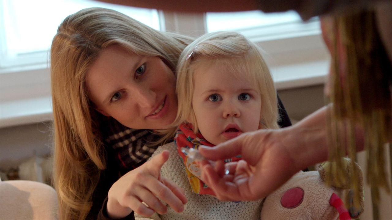 Eingeimpft - Familie mit Nebenwirkungen : Bild