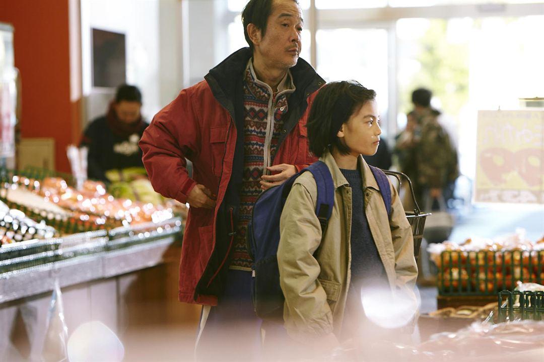 Shoplifters - Familienbande : Bild Jyo Kairi, Lily Franky