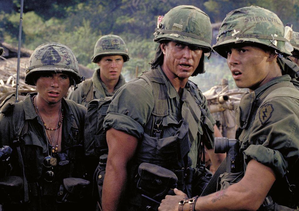 Platoon : Bild Johnny Depp, Kevin Dillon, Mark Moses, Tom Berenger