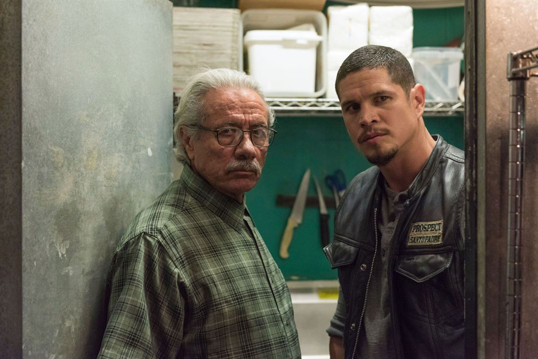 Bild Edward James Olmos, JD Pardo